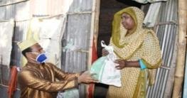 দিনাজপুরে হুইপ ইকবালুর রহিমের উদ্যোগেখাদ্য সামগ্রী বিতরণ