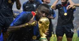 করোনায় আক্রান্ত বিশ্বকাপজয়ী ফুটবলার মাতুইদি