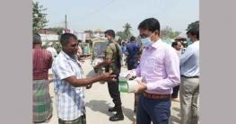 করোনা: সংক্রমণ রোধে মাঠে খানসামা উপজেলা প্রশাসন